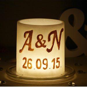 Уникален подарък за сватба, фенер с инициали и дата на сватбата