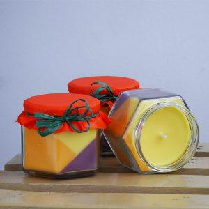 Свещ в бурканче с аромат на портокал и канела