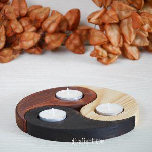 дървен свещник триединство